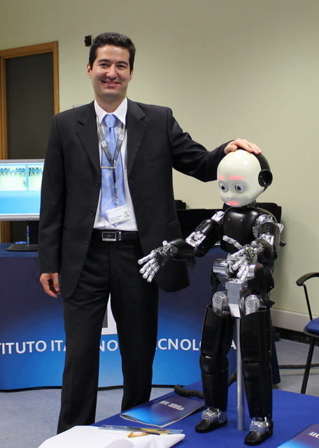 Petar Kormushev with the iCub robot at IIT in Genoa, Italy