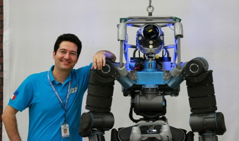 Petar with WALK-MAN robot at DARPA Robotics Challenge, 2015